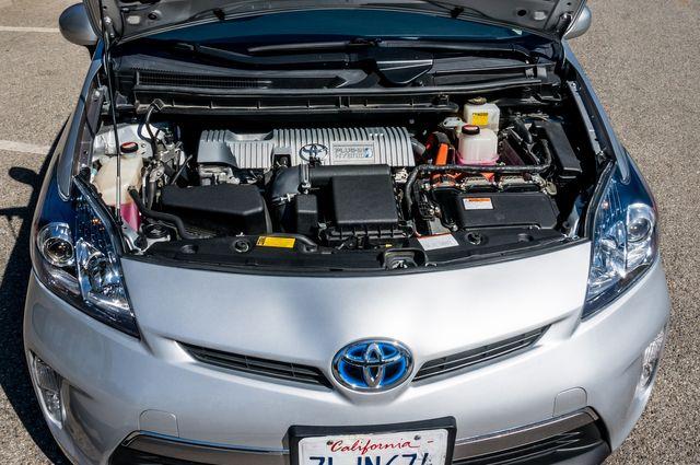2015 Toyota Prius Plug-In in Reseda, CA, CA 91335