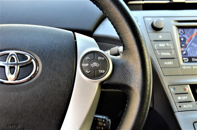2015 Toyota Prius Four Reseda, CA 25