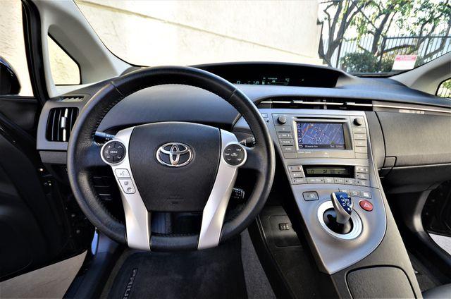 2015 Toyota Prius Four Reseda, CA 10
