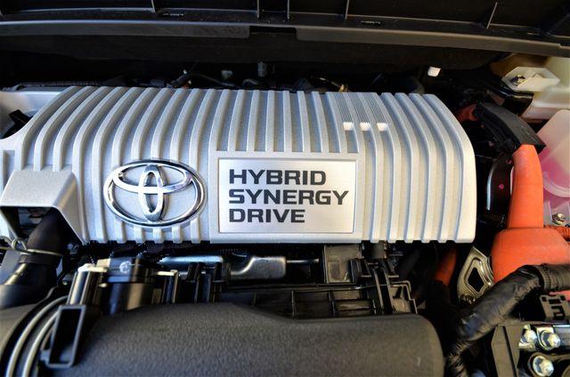 2015 Toyota Prius Four Reseda, CA 36