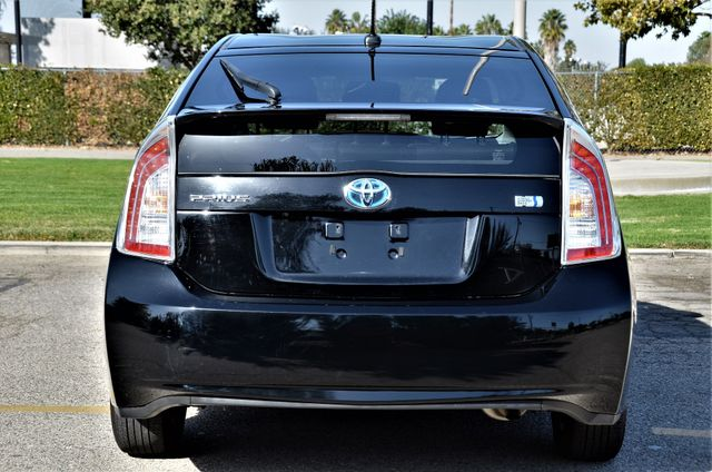 2015 Toyota Prius Four Reseda, CA 18