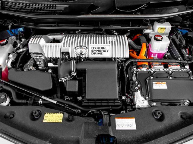 2015 Toyota Prius v Two Burbank, CA 21