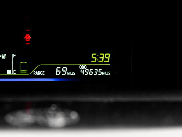 2015 Toyota Prius v Two Burbank, CA 24