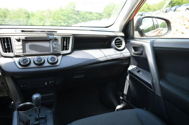2015 Toyota RAV4 LE Naugatuck, Connecticut 16