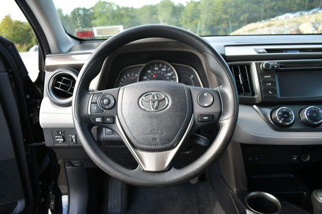 2015 Toyota RAV4 LE Naugatuck, Connecticut 21