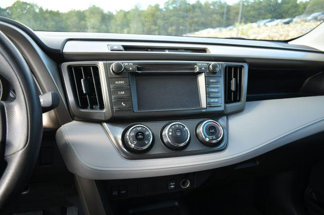2015 Toyota RAV4 LE Naugatuck, Connecticut 22