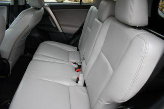 2015 Toyota RAV4 XLE AWD Naugatuck, Connecticut 17