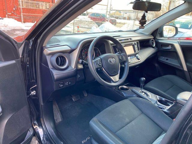 2015 Toyota RAV4 XLE New Brunswick, New Jersey 25