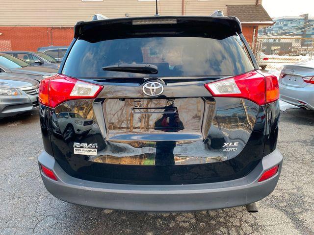 2015 Toyota RAV4 XLE New Brunswick, New Jersey 14