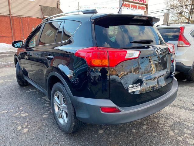 2015 Toyota RAV4 XLE New Brunswick, New Jersey 12