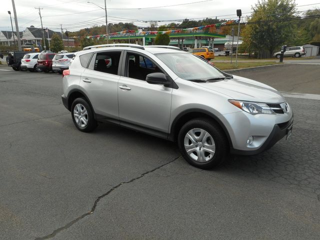 2015 Toyota RAV4 LE in New Windsor, New York 12553