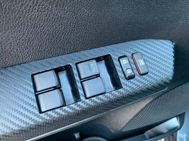 2015 Toyota RAV4 XLE 5 YEAR/60,000 MILE FACTORY POWERTRAIN WARRANTY Mesa, Arizona 17