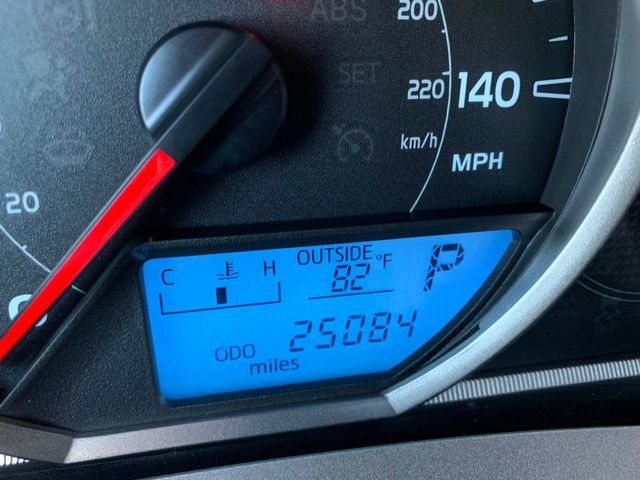 2015 Toyota RAV4 XLE 5 YEAR/60,000 MILE FACTORY POWERTRAIN WARRANTY Mesa, Arizona 24