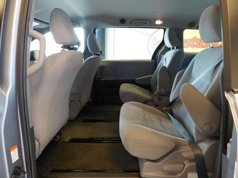 2015 Toyota Sienna L  city TN  Doug Justus Auto Center Inc  in Airport Motor Mile ( Metro Knoxville ), TN