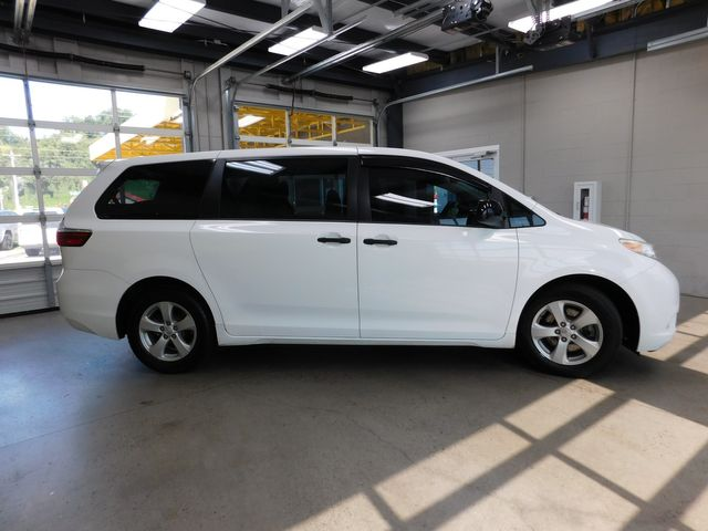 2015 Toyota Sienna L in Airport Motor Mile ( Metro Knoxville ), TN 37777