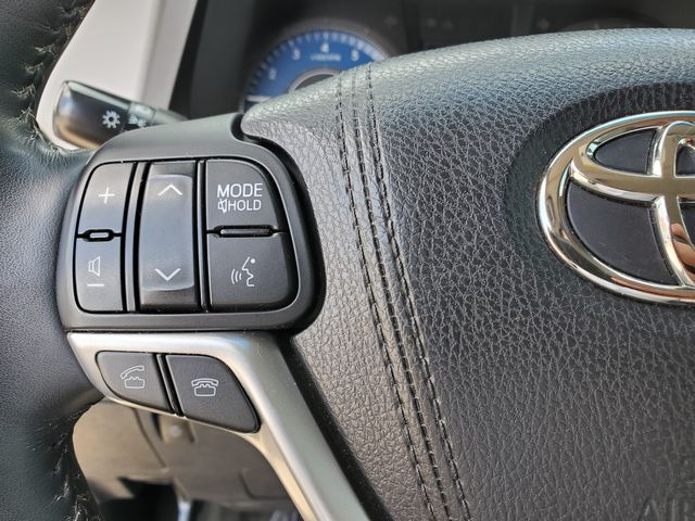 2015 Toyota Sienna Ltd Premium in Brownsville, TX 78521