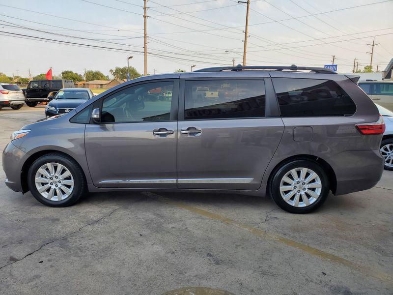 2015 Toyota Sienna XLE  Brownsville TX  English Motors  in Brownsville, TX