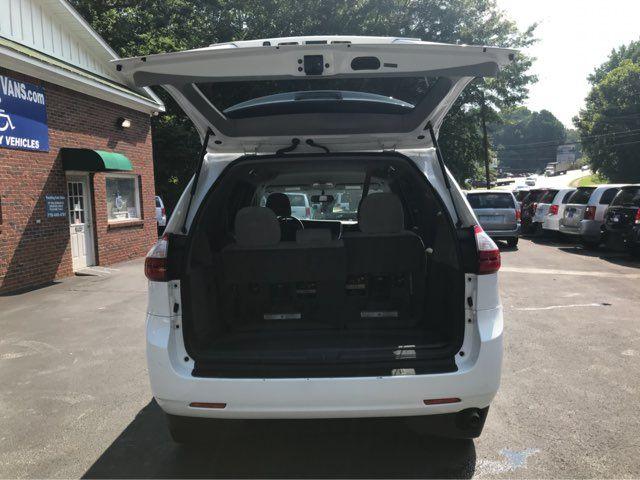 2015 Toyota Sienna handicap wheelchair accessible vanvan Dallas, Georgia 10