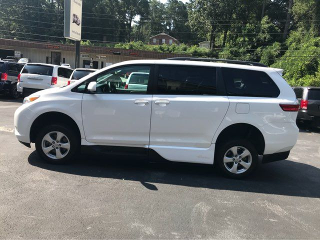 2015 Toyota Sienna handicap wheelchair accessible vanvan Dallas, Georgia 13