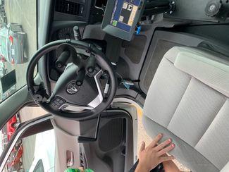 2015 Toyota Sienna LE Handicap Wheelchair accessible Dallas, Georgia 18