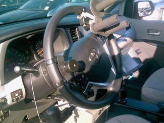 2015 Toyota Sienna LE Handicap Wheelchair accessible Dallas, Georgia 23
