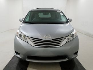 2015 Toyota Sienna LE handicap wheelchair van rear entry.. Dallas, Georgia 2