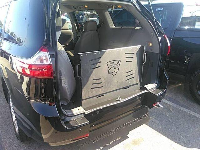 2015 Toyota Sienna XLE Premium handicap wheelchair rear entry van in Dallas, Georgia 30132