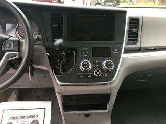2015 Toyota Sienna LE  city PA  Pine Tree Motors  in Ephrata, PA