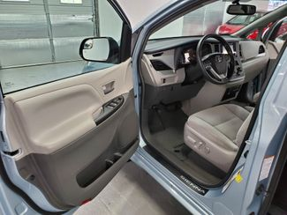 2015 Toyota Sienna LE Kensington, Maryland 24