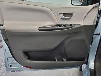 2015 Toyota Sienna LE Kensington, Maryland 25