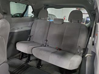 2015 Toyota Sienna LE Kensington, Maryland 36