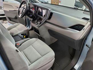 2015 Toyota Sienna LE Kensington, Maryland 55