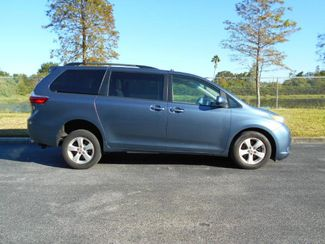2015 Toyota Sienna Le Wheelchair Van Handicap Ramp Van Pinellas Park, Florida 1