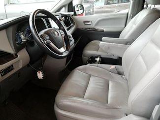 2015 Toyota Sienna XLE FWD 8-Passenger V6 LINDON, UT 3
