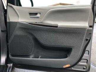 2015 Toyota Sienna XLE FWD 8-Passenger V6 LINDON, UT 28