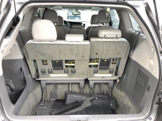 2015 Toyota Sienna XLE FWD 8-Passenger V6 LINDON, UT 32