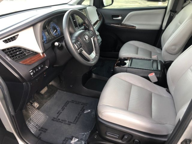 2015 Toyota Sienna Limited AWD 7-Passenger V6 LINDON, UT 12