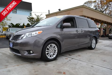 2015 Toyota Sienna XLE in Lynbrook, New