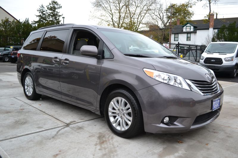 2015 Toyota Sienna XLE  city New  Father  Son Auto Corp   in Lynbrook, New