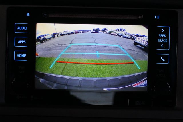 2015 Toyota Sienna XLE Premium AWD - NAVIGATION - REAR DVD - SUNROOF! Mooresville , NC 35