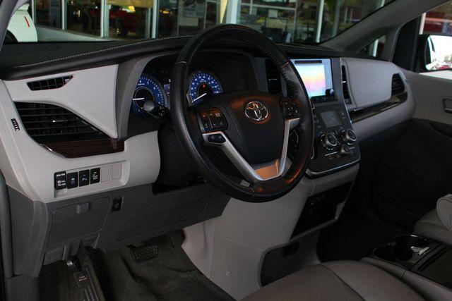 2015 Toyota Sienna XLE Premium AWD - NAVIGATION - REAR DVD - SUNROOF! Mooresville , NC 29