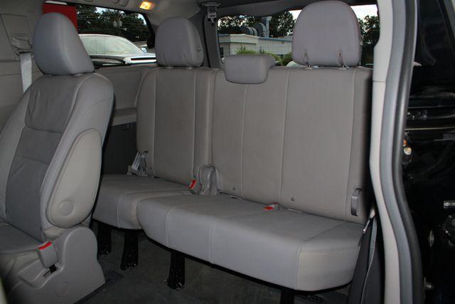 2015 Toyota Sienna XLE Premium AWD - NAVIGATION - REAR DVD - SUNROOF! Mooresville , NC 13
