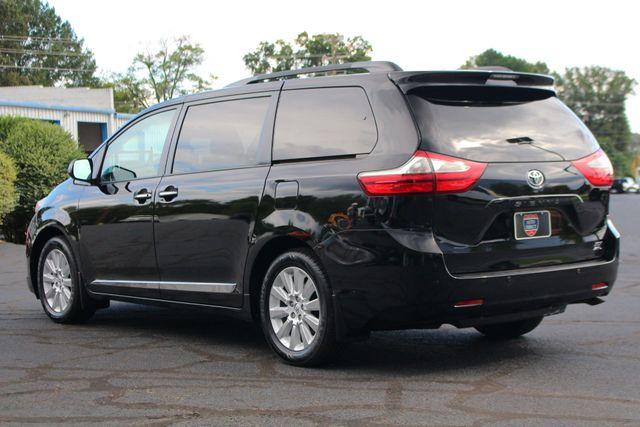 2015 Toyota Sienna XLE Premium AWD - NAVIGATION - REAR DVD - SUNROOF! Mooresville , NC 25