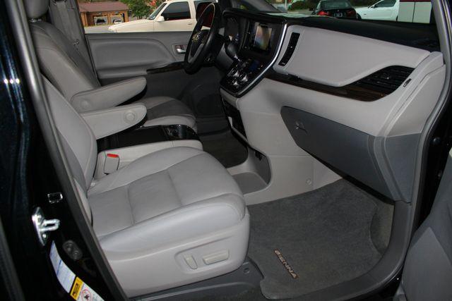 2015 Toyota Sienna XLE Premium AWD - NAVIGATION - REAR DVD - SUNROOF! Mooresville , NC 31
