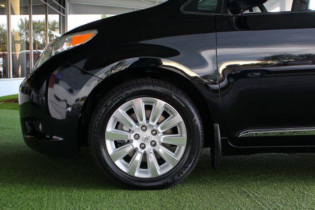 2015 Toyota Sienna XLE Premium AWD - NAVIGATION - REAR DVD - SUNROOF! Mooresville , NC 21