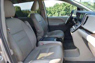 2015 Toyota Sienna XLE Naugatuck, Connecticut 3