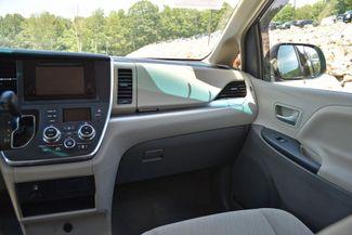 2015 Toyota Sienna LE Naugatuck, Connecticut 16