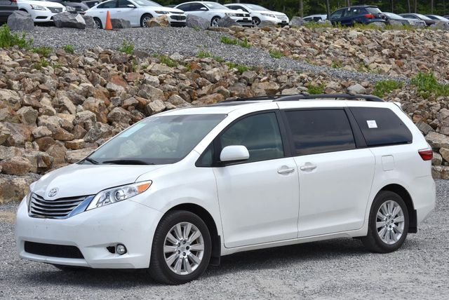 2015 Toyota Sienna XLE Naugatuck, Connecticut
