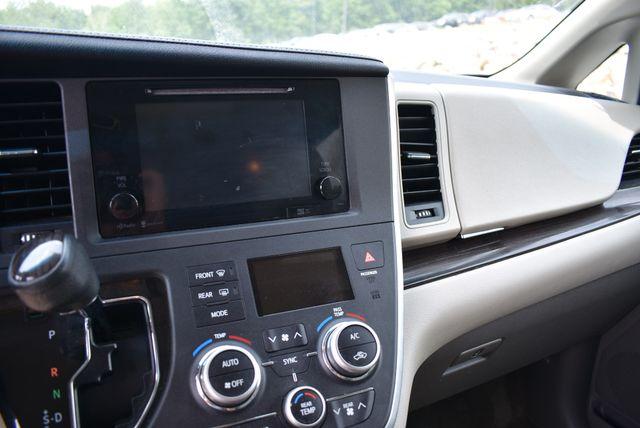 2015 Toyota Sienna XLE Naugatuck, Connecticut 22