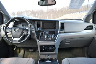 2015 Toyota Sienna LE Naugatuck, Connecticut 13